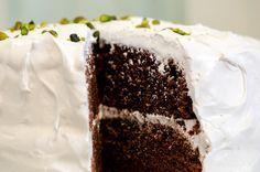 Magisk luftig og søt glasur gjør denne kaka til en favoritt. Her får du oppskriften.
