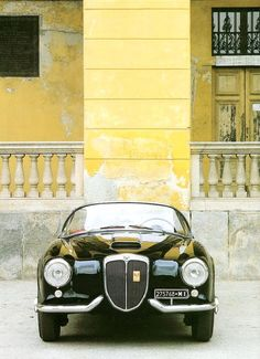 black+yellow Lancia Aurelia  B24 Spyder America -  Pininfarina - c.1955 - Automobiles Classiques Avril / Mai 1986