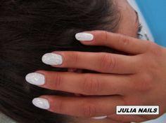 LE GEL UV BLANC NACRE de *JULIA NAILS*