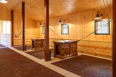 www.horsealot.com, the equestrian social network for riders & horse lovers | Equestrian Lifestyle : stables at Northvale, USA.