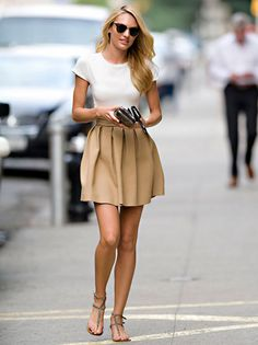 Love that skirt and Candice Swanepoel!