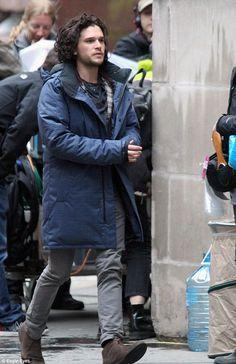 Kit Harington films traffic accident scene for new Spooks movie Kit Harington, Spooks The Greater Good, Jonh Snow, Baby Kit, Keep Warm, Perfect Man, Beautiful Boys, Cute Boys, Winter Jackets