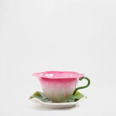FLOWER-SHAPED TEACUP - Coffee and Tea - Tableware | Zara Home Canada