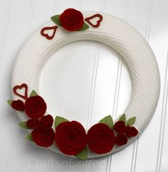 how to make a recycled sweater wreath for Valentine's day