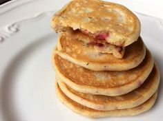 pancakesbebelusi Baby Food Recipes, Dessert Recipes, Food Baby, Helathy Food, Healthy Nutrition, Recipies, Deserts, Low Carb, Cooking
