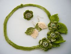 Crochet set   www.etsy.com/shop/CraftsbySigita