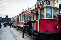 Ранним апрельским утром, когда Прага еще не заполнена толпами туристов, я встретилась с Наташей и Сергеем, чтобы провести фото прогулку. www.fotoelena.com