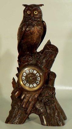 black forest clock, cuckoo clock and antler clock online gallery. great antique carved clocks from the black forest and the brienz region. Mantel Clocks, Wood Clocks, Antique Clocks, Plywood Furniture, Eames, Macabre Decor, Owl Clock, Black Forest Wood, Wood Owls