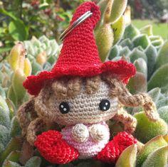 Guarda questo articolo nel mio negozio Etsy https://www.etsy.com/it/listing/475997422/folletto-portachiavi-amigurumi-crochet