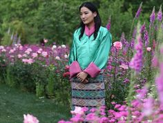 NewMyRoyals:  A new photo has been released to celebrate the 27th birthday of Queen Jetsun Pema of Bhutan, June 4, 2017 (b. June 24, 1990)