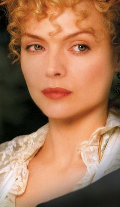 """Michelle Pfeiffer as Countess Ellen Olenska in the movie """"The Age Of The Innocence""""."""