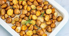 Finally, all the *golden* rules to roasting the most delicious sheet pan spuds. Potato Dishes, Veggie Dishes, Potato Recipes, Vegetable Recipes, Best Roast Potatoes, Oven Roasted Potatoes, Cooking Tips, Cooking Recipes, Healthy Recipes