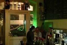 """Die neuen Schweizer: HR Giger """"Zeitgeist & Wolfsmilch"""" sind da. Mit freundlichen Grüßen von der Absinthe Distribution und nun erhätlich in der """"La Petite"""" Absintherie in Leipzig/DE.  Es ware ein toller Abend mit Karen Abramowski und schön uns endlich persönlich kennenzulernen.  Die Absintherie hat über 200 Sorten Absinthe und es darf geraucht werden. Hier die Adresse: Münzgasse 3, 04107 Leipzig"""