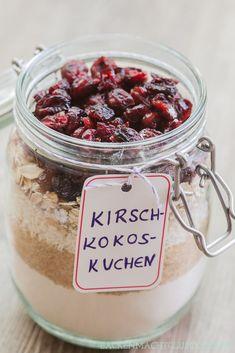 Kuchen-Backmischungen im Glas   Backen macht glücklich - http://tassenkuchen-selber-machen.de/allgemein/kuchen-backmischungen-im-glas-backen-macht-gluecklich/