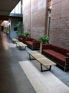 George Nelson benches matched with Le Corbusier sofas Living Room Sofa, Home Living Room, Le Corbusier Sofa, Chair Design, Furniture Design, Palette, Stylish Chairs, George Nelson, Hospitality Design