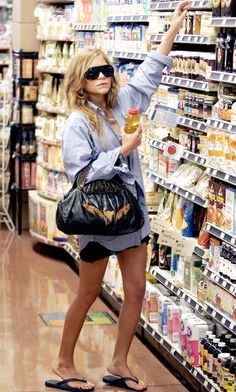 MARY-KATE: GROCERY SHOPPING | BLUE BUTTON DOWN   FLIP FLOPS