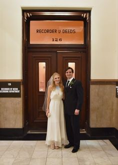 After the ceremony, the couple and their loved ones dined at a French restaurant with a view of the Gateway Arch. St Louis City Hall, St Louis County, City Hall Wedding, French Restaurants, Bridesmaid Dresses, Wedding Dresses, Couples, Bridal Dresses, Bridal Gowns
