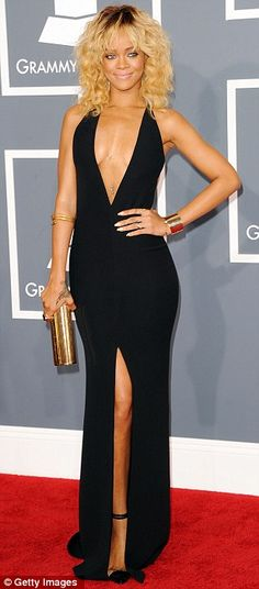 Rhianna at the grammys, such a knockout. Definitely one of my favorites of the night