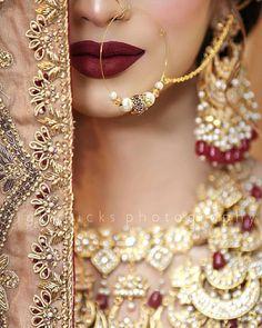 Asian Bridal Jewellery, Pakistani Bridal Jewelry, Bridal Jewelry Vintage, Fancy Jewellery, Bridal Jewelry Sets, Bridal Accessories, Indian Jewelry, Wedding Jewelry, Jewellery Designs
