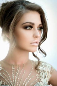 """For all to-be-brides, I'd like to make you a perfect collection of 20 bridal makeup ideas that will give you a breath-taking look on that """"big day"""". As we all know, the gorgeous wedding dress is of the most importance for the wedding look. But we still need a right makeup and hairstyle to complete …"""