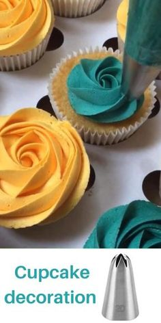 Cupcake Decorating Tips, Cake Decorating For Beginners, Cake Decorating Frosting, Creative Cake Decorating, Cake Decorating Designs, Creative Cakes, Cake Designs, Cookie Decorating, Cupcake Icing Designs