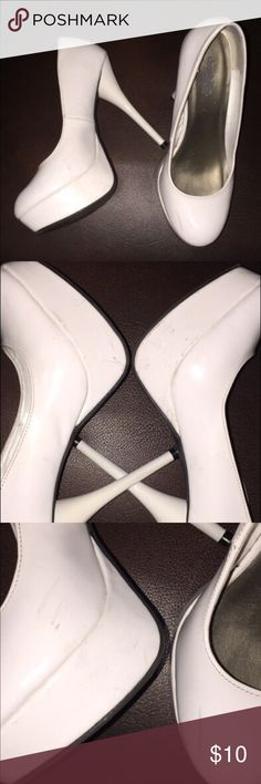 White heels, size 7 From charlotte Russel. Super cute! They have scratches  and a few dirt stains all over because of storage, both side of the heels. Please see pictures for reference.  Shoes and lingerie will not be modeled, all other clothes is modeled on a mannequin. chalotte russel Shoes Heels