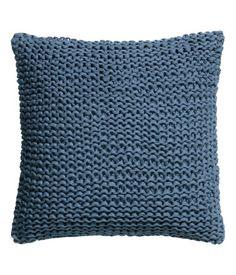 Sininen tai valkoinen neulottu tyyny, H&M