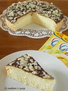Sponge cake with Pina Colada filling
