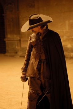 Viggo Mortensen in Alatriste. He can swash my buckle any time. Vigo Mortensen, Writing Inspiration, Character Inspiration, Movies Costumes, Costume Original, Thirty Years' War, Landsknecht, Story Characters, Period Costumes