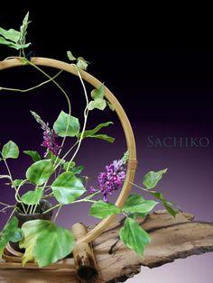 日程: 2020年 9月30日(水)〜 10月 6日(火) 場所:丸善日本橋(特設 3階) 奥泉幸子 作品展 – 樹脂粘土で創る野草 –を開催いたします。詳細はこちらです。 Wreaths, Home Decor, Decoration Home, Door Wreaths, Room Decor, Deco Mesh Wreaths, Home Interior Design, Floral Arrangements, Garlands