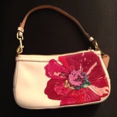 Authentic Coach Limited Edition Poppy Purse Authentic Coach small purse in the limited edition Poppy flower style (from before they turned Poppy into a whole collection). Brand new without tags. Absolutely beautiful!! One zippered pocket inside. Comes with dust bag. Coach Bags