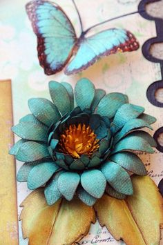 Passion Daisy Tutorial - Lisa Gregory. Her flowers are beautiful!