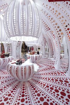 Louis Vuitton at Selfridges London by Yayoi Kusama - I would be WAY too distracted by the architecture to be able to shop!