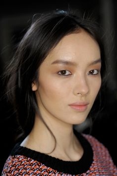 秋冬コレクションより、注目のアジア人モデルをチェック! ビューティ ... Fei Fei Sun(フェイ フェイ・サン)