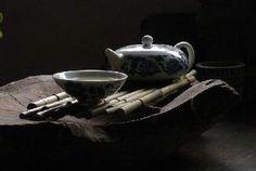 茶,需慢慢地品,才能品出个中滋味。禅,需静静地悟,才能悟出慈悲喜舍。 Tea Culture, Chinese Words, Chinese Tea, Tea Cups, Coffee, Tableware, Experiment, Herbalism, Kaffee