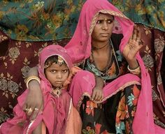 Gipsy Mother and doughter colorful  portrait, Pushkar camel fair, rajasthan, india #indiatravelgram #incredibleindiaofficial #profile_vision #portraitmood #portraitsfromtheworld #portraits_love #majestic_people #kidsofinstagram #kidsoftheworld #great_captures_people #globe_people #pushkar #Rajasthan #desi_diaries #india_undiscovered #india_gram #igs_asia #india_ig #indiaclicks #streetphotographyindia #photographers_of_india #people_storee #people_and_world ##people_infinity…