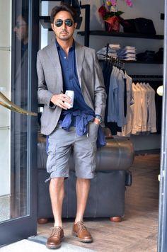 干場義雅氏がdecolloニットドレスシャツを着て下さっています。 #mens #ladys #fashion #shirts #business #travel #pilot #italy #suits #narrowtie #style #sunglass #monochrome #black #white #decollo #decollouomo