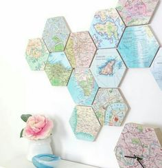 of 10 personalised map location hexagons Love this! 10 wooden map hexagons - places we've been and places we want to goLove this! 10 wooden map hexagons - places we've been and places we want to go Diy Wand, Wooden Map, Map Crafts, Crafts With Maps, Art Carte, Custom Map, Vintage Maps, Vintage Map Decor, Design Vintage