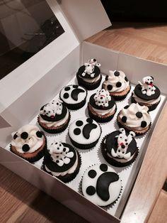 Dalmation cupcakes