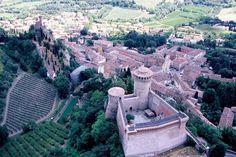 veduta-aerea-di-Brisighella-borgo-Bandiera-Arancione