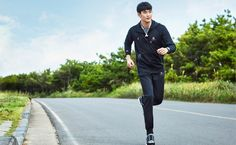 "Kim Soo Hyun 김수현 [ Upcoming drama "" It's okey to not be okay"" ] My Love From The Star, Hallyu Star, Dream High, Ideal Man, Korean Actors, Korean Drama, Kdrama, Twitter, Mr Right"