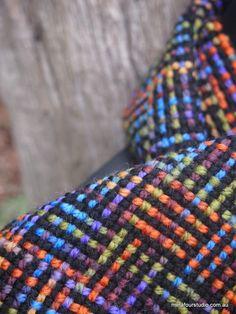 Log cabin weave in variegated yarn on rigid heddle loom. by ophelia franks – 2019 - Weaving ideas Weaving Textiles, Weaving Patterns, Tapestry Weaving, Inkle Loom, Loom Weaving, Cricket Loom, Circular Weaving, Art Du Fil, Card Weaving