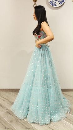 Party Wear Indian Dresses, Designer Party Wear Dresses, Indian Gowns Dresses, Indian Bridal Outfits, Indian Fashion Dresses, Dress Indian Style, Indian Designer Outfits, Designer Gowns, Designer Wear