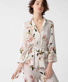 Рубашка 'Восточные цветы' - ПИЖАМЫ - Тенденции женской моды весна лето 2017 на Oysho онлайн: нижнее белье, спортивная одежда, пижамы, купальники, бикини, боди, ночные рубашки, аксессуары, обувь и аксессуары. Модели для каждой женщины!