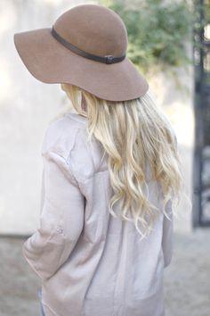 ootd. Latest Fashion, Womens Fashion, Jessica Alba, Olivia Palermo, Fashion Bloggers, Victoria Beckham, Mauve, Style Icons, Personal Style