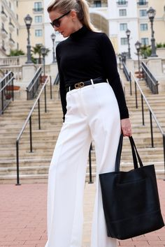 how to wear winter white, I show you three outfit options in this post including this look featuring a black classic turtleneck from nordstrom with a great black vegan affordable tote bag by sole society White Pants Outfit, White Outfits, Fall Outfits, Turtleneck Outfit, White Turtleneck, Busbee Style, Outfit Goals, Outfit Ideas, Office Fashion