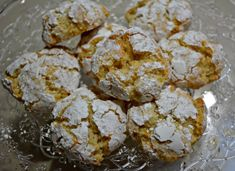 Gluten & Fat Free Lemon Crackle Cookies from pinkpostitnote.com