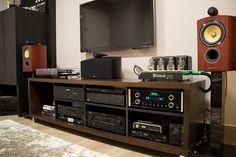 Image result for expedit listening room Music Studio Room, Audio Studio, Music Rooms, Living Tv, Living Rooms, Sound Room, Home Audio Speakers, Audio Rack, Vinyl Storage