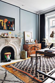 at first glance this very bohemian new york apartment looks like there's quite a lot going on. but at further inspection, it's a space with a seemingly well-thought out cohesiveness. the color palette