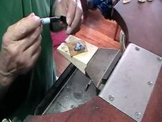 ▶ claw setting an irregular object part 1 - YouTube - Incastonare un oggetto irregolare 1